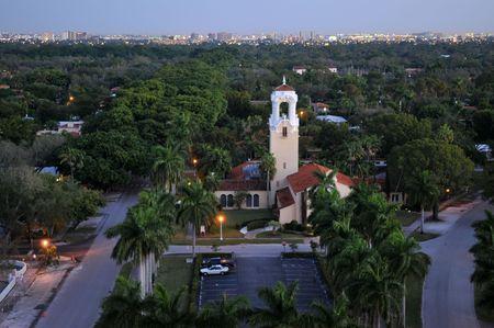 コーラルゲーブルズ、フロリダ州の上の夜明け 写真素材