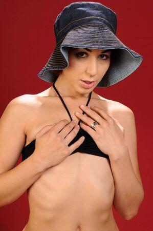 Enano chica en ropa interior negro y un sombrero flexible Foto de archivo - 3923887