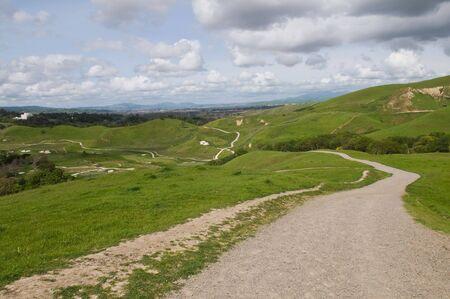 regional: Caminar la pista, el parque regional Del Valle, Livermore, California
