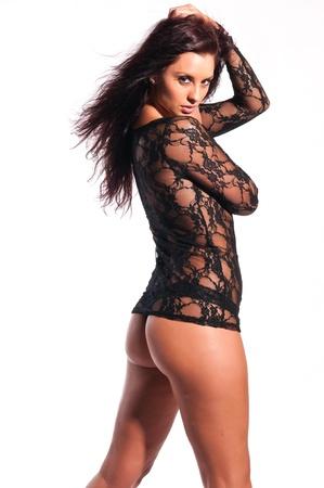 culotte fille: Belle grande brune en lingerie noire pure Banque d'images