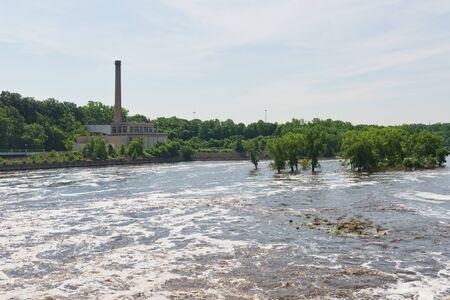 mississippi river: Mississippi River below Lock #1, Minneapolis, Minnesota
