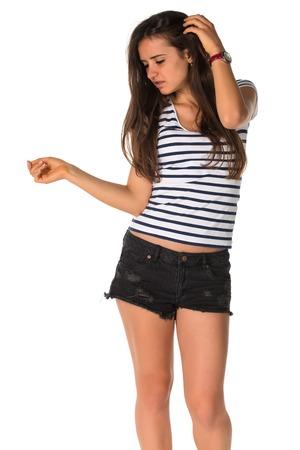 스트라이프 티 셔츠에 슬림 한 젊은 루마니아어 여자