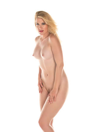 mujer rubia desnuda: Hermosa altura rubia de pie desnuda en blanco