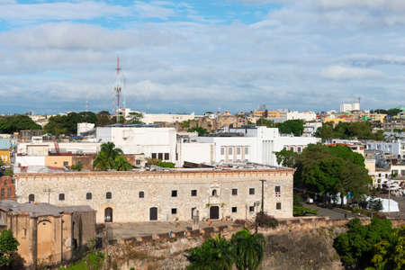Architecture of downtown Santo Domingo from the Ozama River, Dominican Republic 免版税图像 - 143722340