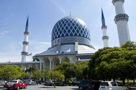 shah: The beautiful Sultan Salahuddin Abdul Aziz Shah Mosque  also known as the Blue Mosque  located at Shah Alam, Selangor, Malaysia