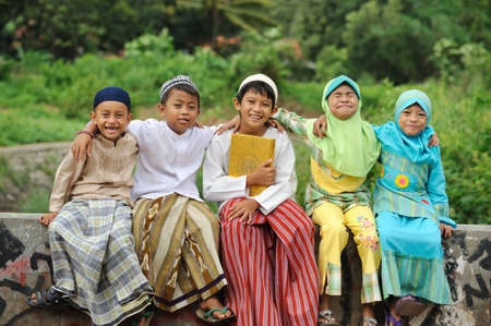 indonesia people: Group of Muslim Kids