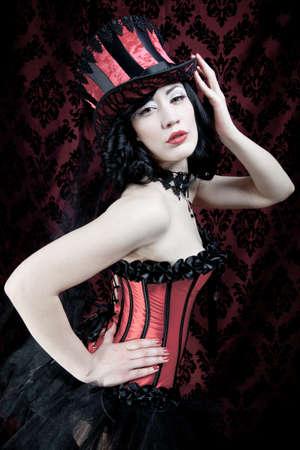 fetish wear: Burlesque dancer
