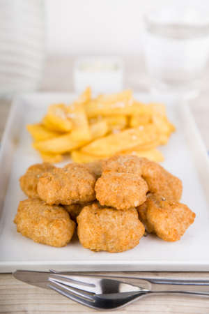 Nuggets with french fries