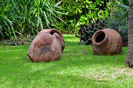 decorative ceramic vessels-Cancun