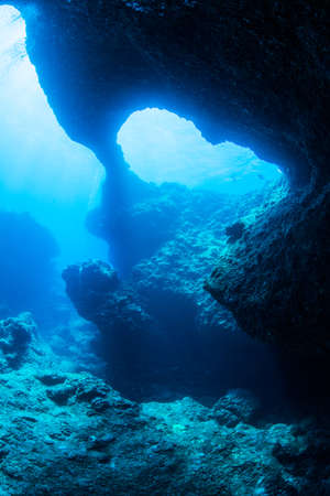 洞窟のダイビング 写真素材