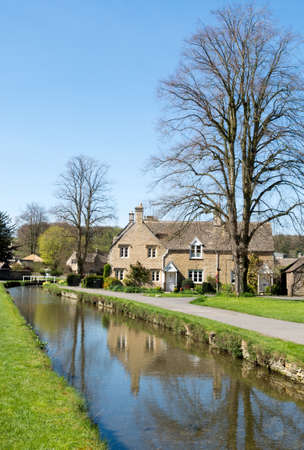 cotswold: Cottages in the Cotswold village of Lower Slaughter Editorial