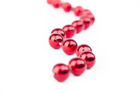 Red Perlen auf weißem Hintergrund formschöne Lizenzfreie Bilder