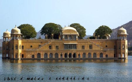 sagar: View of Jal Mahal from the Man Sagar Lake. Jal Mahal is the major tourist attraction in Jaipur, Rajasthan, India.
