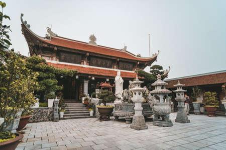 Temple in Ba Na Hill, Da Nang Vietnam Banco de Imagens