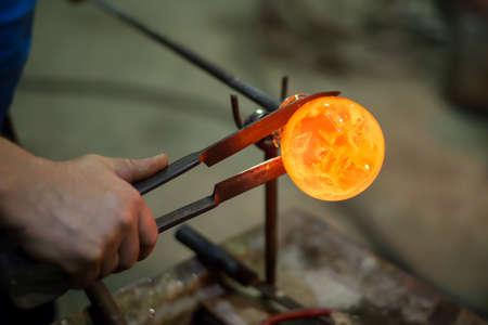 vidrio: figuras artesanales de vidrio fundido
