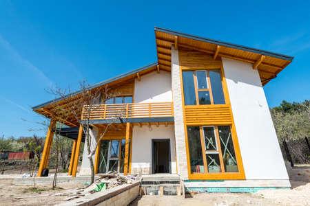 Unshinished nieuwe houten huis - kopie ruimte