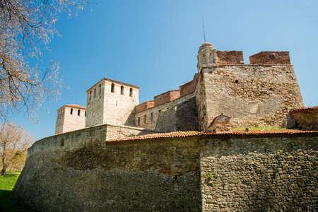 Baba Vida - old medieval fortress in Vidin, in northwestern Bulgaria. Travel destination. Imagens - 88692568