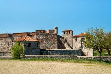 Baba Vida - old medieval fortress in Vidin, in northwestern Bulgaria. Travel destination. Imagens - 100954444