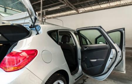 lavarse las manos: Interior y limpieza exterior del coche