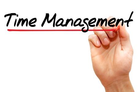 gestion del tiempo: Escritura de la mano de gesti�n del tiempo con el marcador, concepto de negocio Foto de archivo