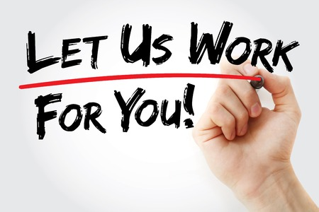 Hand schrijven laat ons voor u werken met rode marker, bedrijfsconcept