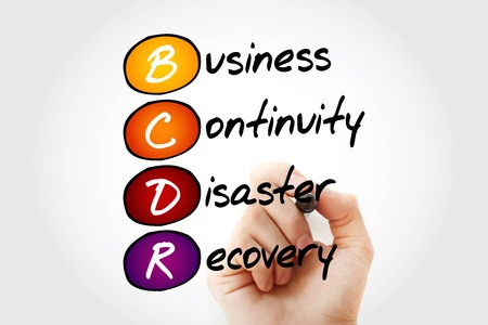 Escritura de la mano BCDR - Continuidad del negocio de recuperación de desastres con el marcador, el concepto de negocio acrónimo Foto de archivo