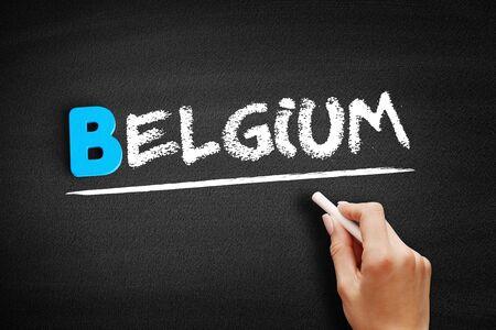 Texte de Belgique sur tableau noir, arrière-plan concept