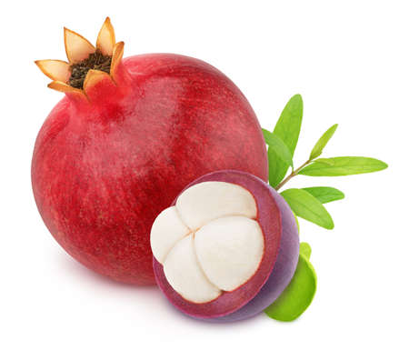 Composition with pomegranate and half of mangosteen isolated on a white background. Antioxidant concept. Stok Fotoğraf - 133849433