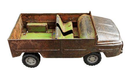 juguetes antiguos: Juguete viejo - coche aislado Foto de archivo
