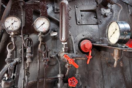locomotora: Panel de control del motor de vapor Foto de archivo