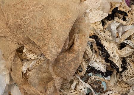 heap: Heap of lace