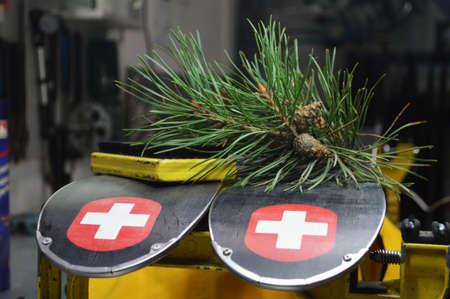Gereedschappen en onderdelen voor het repareren van een lucht in de werkplaats