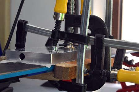 repair of ski and snowboard in the workshop 版權商用圖片