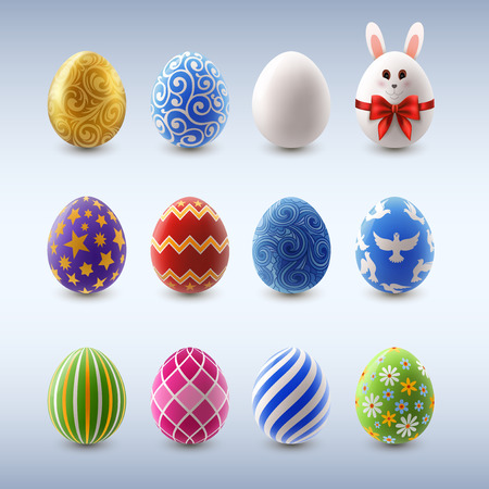 Set of colorful decorated easter eggs, EPS 10 contains transparency Vettoriali