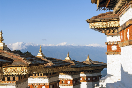 eldest: In this pass, 108 memorial chortens or stupas known as Druk Wangyal Chortens have been built by Ashi Dorji Wangmo Wangchuk, the eldest Queen Mother Stock Photo