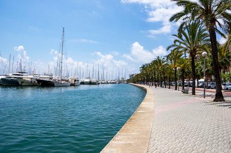 Maritime promenade, Paseo maritimo - Palma de Mallorca, Balearic Islands, Spain Editorial