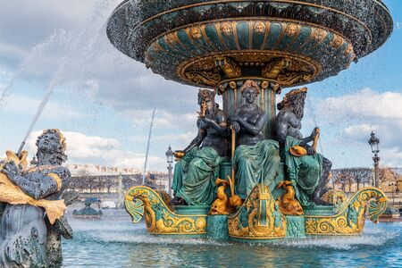 Close-up on the Maritime Fountain, one of the Fontains at the place de la Concorde - Paris, France Zdjęcie Seryjne