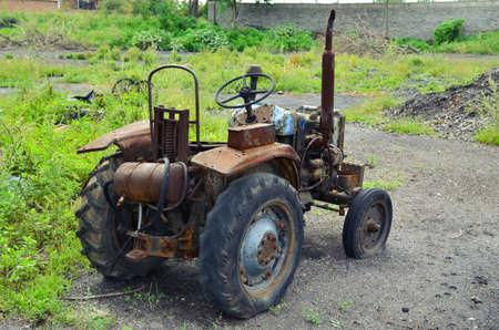 abandoned: abandoned tractor