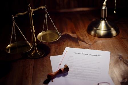 遺言は、公証人役場で署名する準備が 写真素材