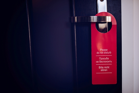 multilingual: Multilingual hotel door hanger. Please do not disturb