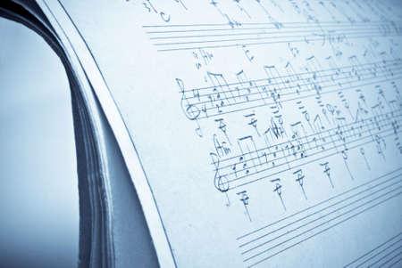 slur: music