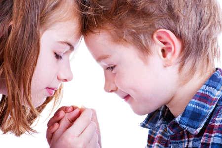 zwei liebende Kind