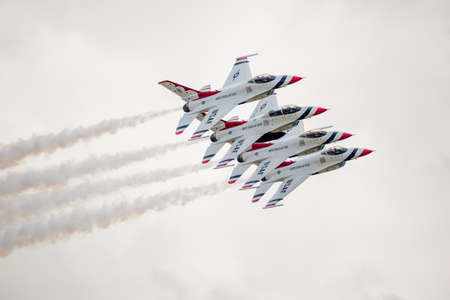united states air force: San Antonio, Texas - October, 31: United States Air Force F-16 Thunderbirds flying in tight formation Editorial