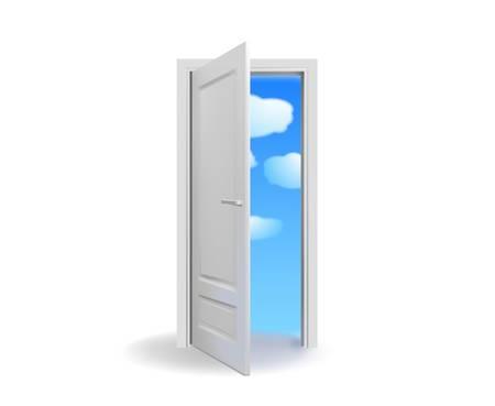 Ha aperto la porta bianca con il vettore di cielo nuvoloso