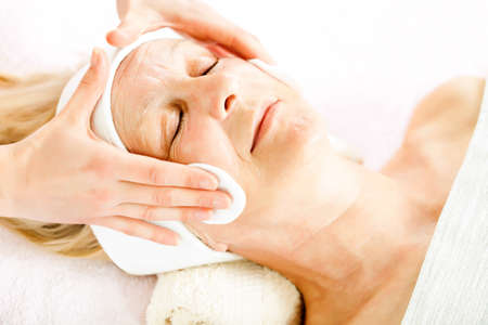 beauty skin: Mature woman having beauty skin treatment