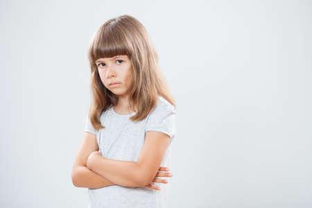 어린 소녀: Portrait of angry little girl