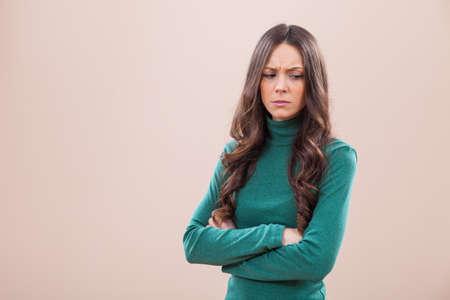 不満と腹を立てる女性の肖像画 写真素材