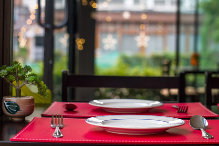 Table setting is considered to be one of the most important manners in a dining room.