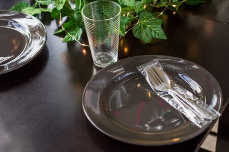 Restaurant with class Or hotels with restaurants Often arranging the table to prepare For guests who use the service