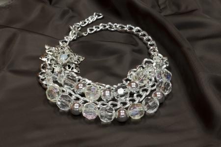 textil: pearls  nacklase on textil material